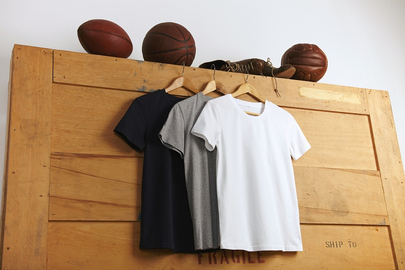 Top Tips To Customize Polo T-Shirts With Style